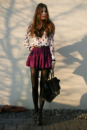 light pink heart H&amp;M shirt - black lita Jeffrey Campbell boots - black bag