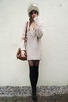 brown bag - black shoes - gray fur hat - sweater - black tights - black socks