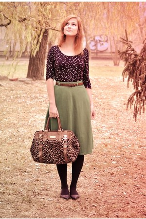 brown River Island bag - green midi Traid skirt