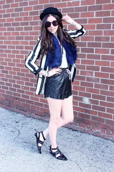 white striped Zara blazer - black Deena & Ozzy hat - blue fur mendocino scarf