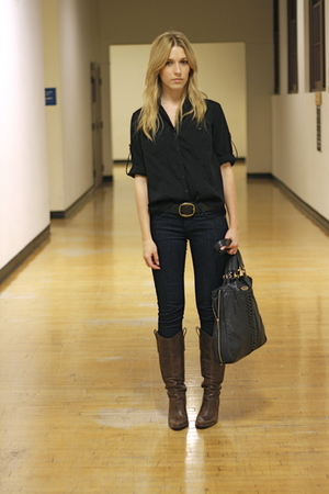 black shirt - brown Steve Madden boots - blue makers of true originals jeans