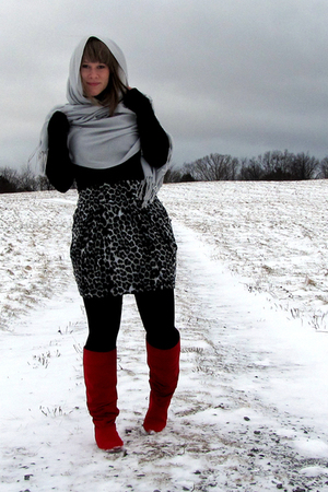 Jcpenny skirt - kohls shirt - payless boots - Street Vendor scarf