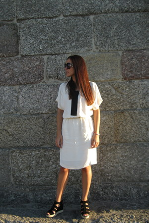 Bimba & Lola dress - Prada sunglasses - Bimba & Lola sandals
