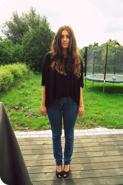 black Moms shoes - blue Cubus jeans - black GINA TRICOT shirt - silver Pandora b