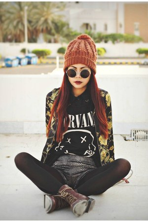 black nirvana H&amp;M t-shirt - dark brown H&amp;M boots - yellow Romwecom jacket