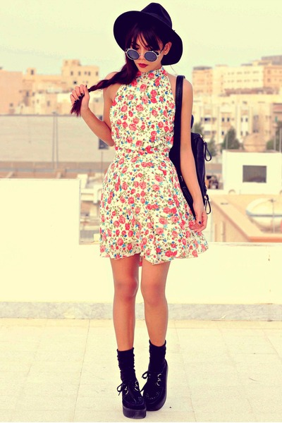 red InLoveWithFashioncom dress