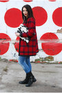 Black-bata-boots-ruby-red-diy-coat-off-white-diy-bag
