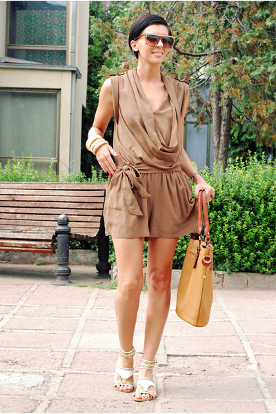 brown luluscom romper - bronze herejcom bag - ivory killah sandals