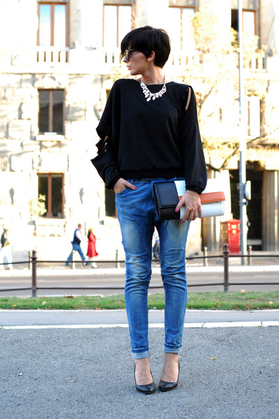 black Romwecom sweater - blue Bershka jeans - black Zara bag - white Mistral bag