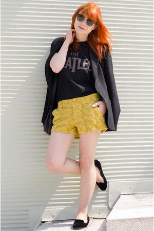Zara blazer - mustard floral Forever 21 shorts - Ray Ban sunglasses