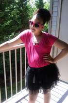 Hot Topic skirt - Forever 21 shirt - Wet Seal sunglasses