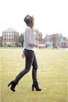 vintage hat - vintage jeans - H&M sweater - Primark heels