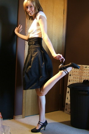 garage t-shirt - joe skirt - joe shoes