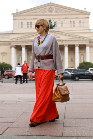 carrot orange Reiss skirt - orange Dolce&Gabbana bag