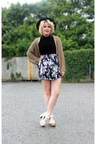 American Apparel cardigan - Zara heels