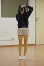 Topshop-i-think-tights-cotton-on-shorts-muji-socks-gap-hoodie