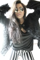 faux fur vintage jacket - striped thailand leggings - Market sunglasses