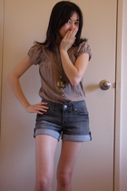 blouse - Jeans West shorts - Equip necklace
