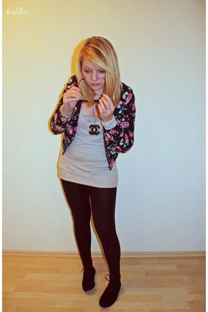 beige Urban Outfitters swimwear - H&M jacket - American Apparel leggings - DIY a