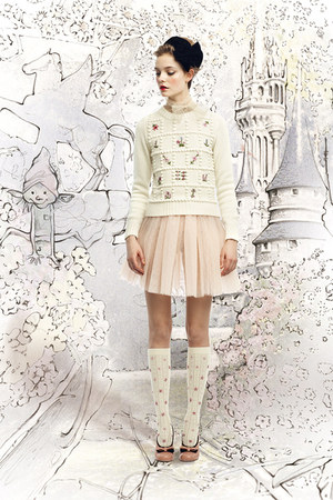 cream embroidered RED valentino sweater - light pink tulle RED valentino skirt