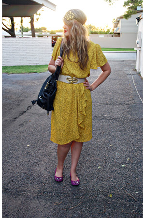 gold vintage dress - magenta Steve Madden shoes - tan vintage belt - mustard hea
