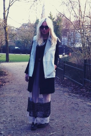 Zara skirt - H&amp;M coat - H&amp;M vest