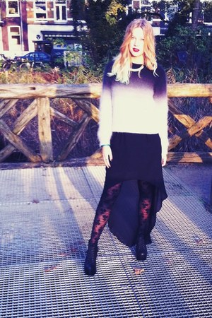 H&amp;M tights - Jeffrey Campbell boots - karen millen bag - Zara skirt