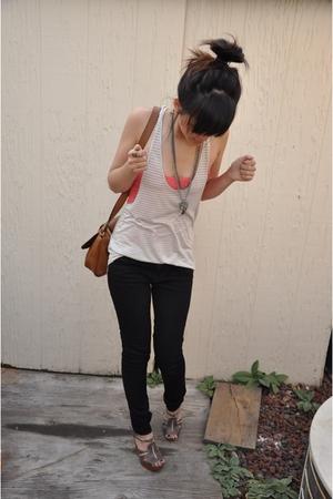 J Brand pants - Aritzia top - vintage necklace - H&M accessories