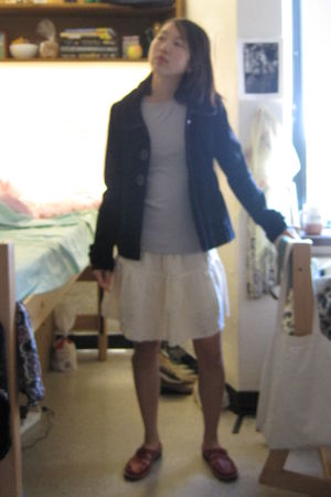 black H&M jacket - gray shirt - beige skirt - red shoes