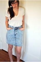 J Crew t-shirt - vintage skirt