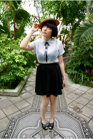 brown hat - blue blouse - black American Apparel skirt - beige Tabio stockings -
