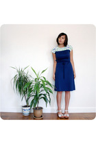 vintage dress - no name shoes