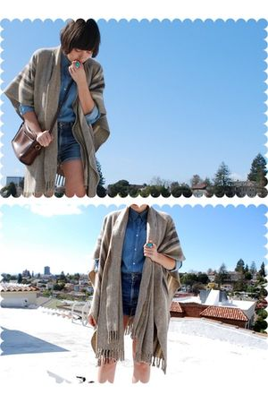brown coat - blue Heritage 1981 blouse - blue Earl Jeans shorts - brown coach pu