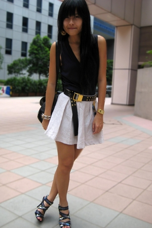 Pull &amp; Bear vest - f21 skirt - Schu shoes - f21 accessories