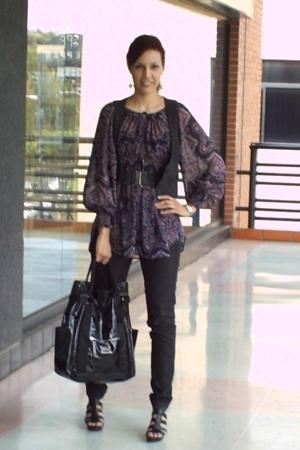 purple printed Zara blouse - black platforms Nine West shoes