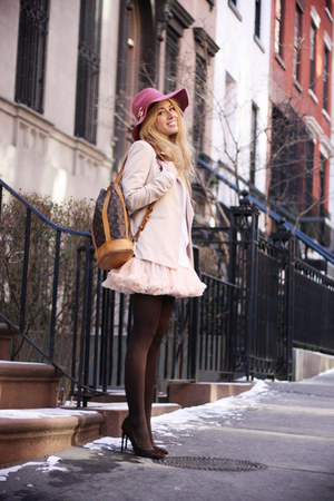 bubble gum Forever21 hat - beige romwe blazer - tawny Louis Vuitton bag