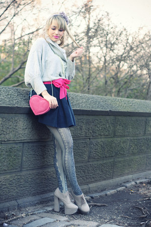 hot pink H&M bag - silver Express sweater - navy Stradivarius tights