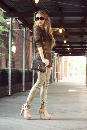 beige Steve Madden heels - tan David Kahn jeans - brown Line sweater