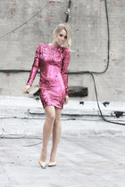 beige vintage bag - hot pink Dress The Population dress - beige Bufalo heels