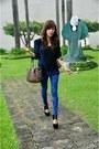 Black-heelless-sm-shoes-blue-animal-print-sm-gtw-leggings