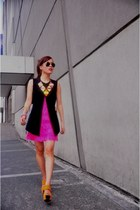 yellow neon Bubbles necklace - hot pink fringe dress - black button down vest