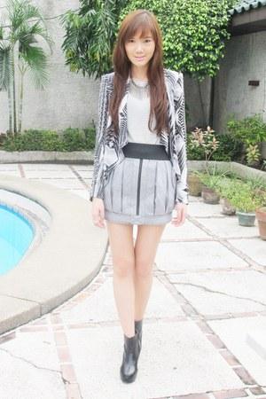 H&M jacket - wedge shoes - silver Sisley top - Topshop skirt - random belt