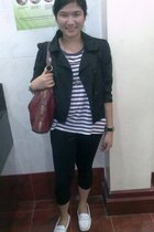 black random leggings - purple Zara t-shirt - white Sebago shoes - red liz claib