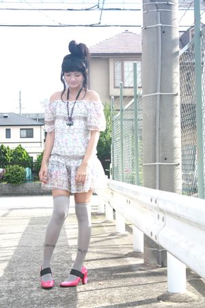 black Mokoyacom accessories - pink Shoponblogcom dress - gray socks - pink shoes
