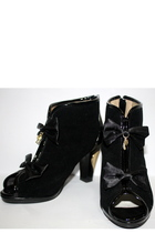 black Liz Lisa boots