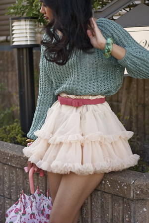 teal romwe sweater - hot pink Cinema Club belt