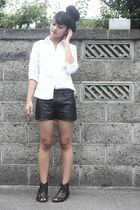 white blouse - black Uniqlo shorts - black shoes