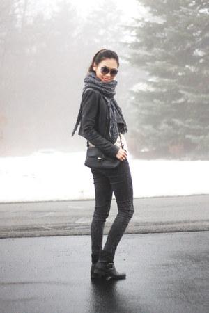 black studded Nine West boots - off white knit H&M sweater - black Zara bag