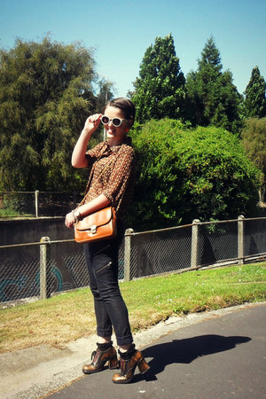thrifted bag - Just jeans jeans - Switch shirt - thrifted heels