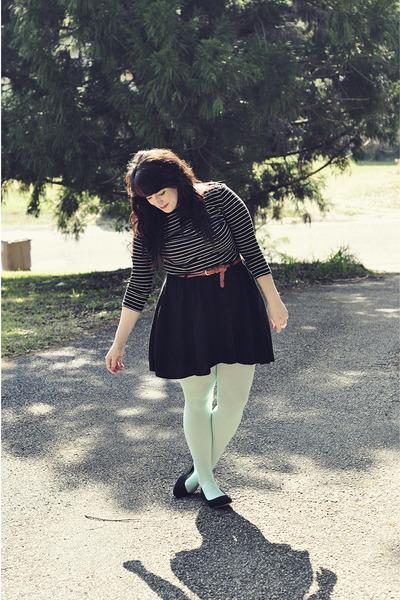 aquamarine Forever 21 tights - black Forever 21 top - black Target skirt